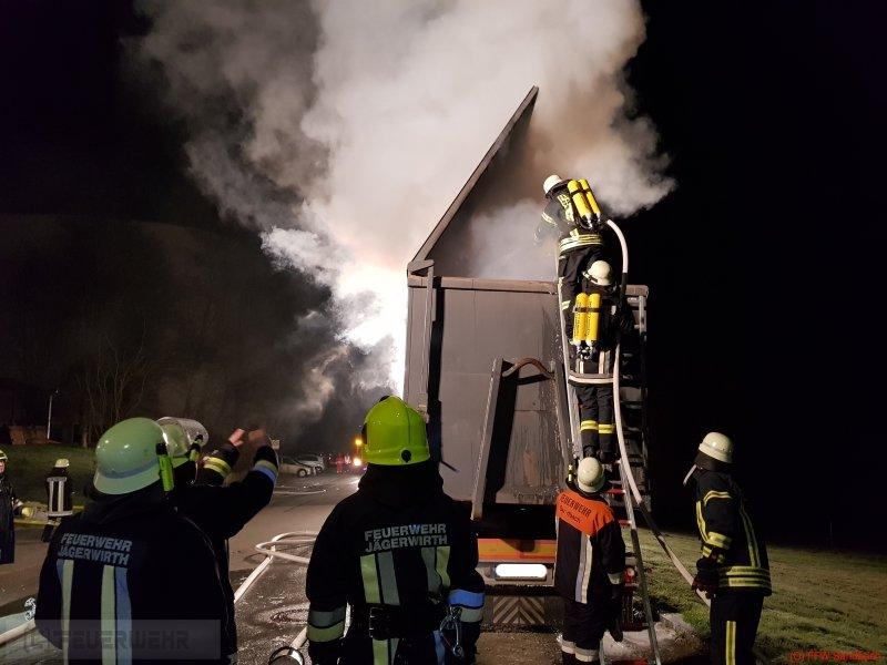 Brandeinsatz vom 08.12.2017  |  (C) Feuerwehr Sandbach / Bachhuber (2017)